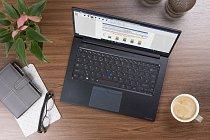 """14"""" hořčíkový notebook Dynabook Portégé X40-J svýdrží 14 hodin"""