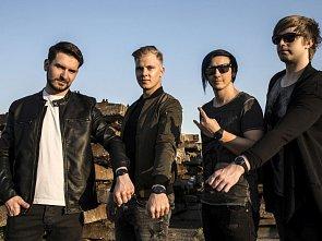 Hodinky Swatch podpořily nový videoklip kapely Define Me